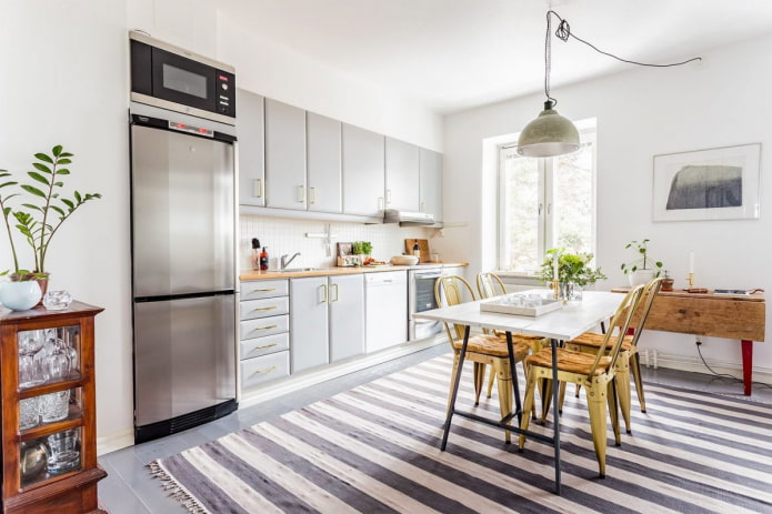 Какой ковер постелить на кухне?