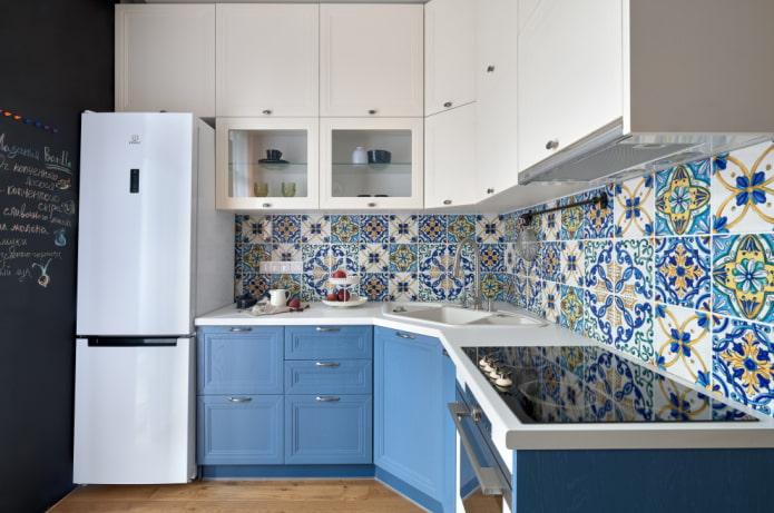 Какие ошибки лучше не допускать в дизайне угловых кухонь?