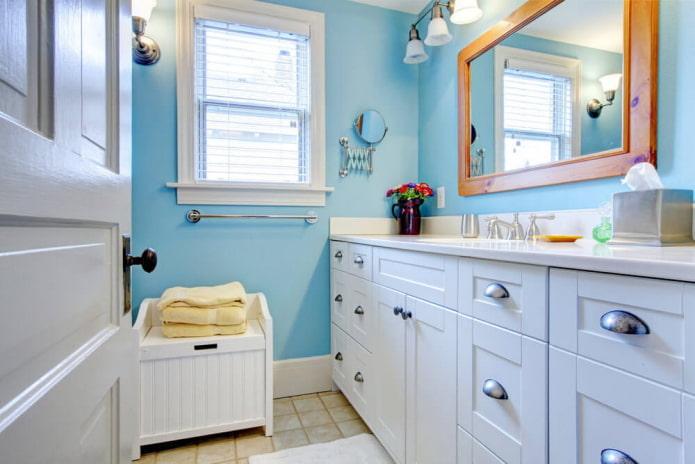 Чем и как покрасить стены в ванной?