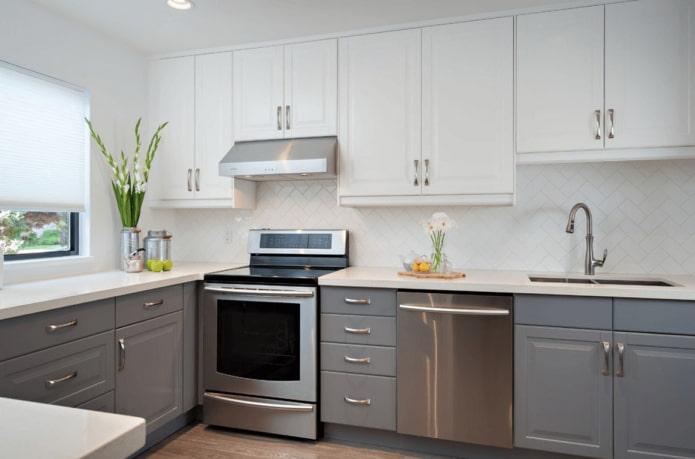 Идеи дизайна серо-белой кухни