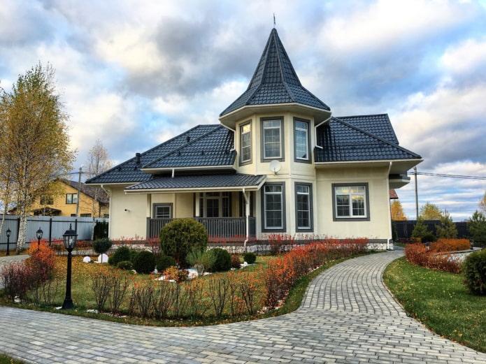 Как правильно сочетать цвет фасада и крыши дома?
