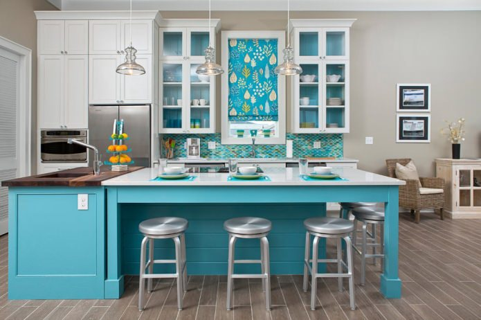 Дизайн кухни в бирюзовом цвете: особенности, фото