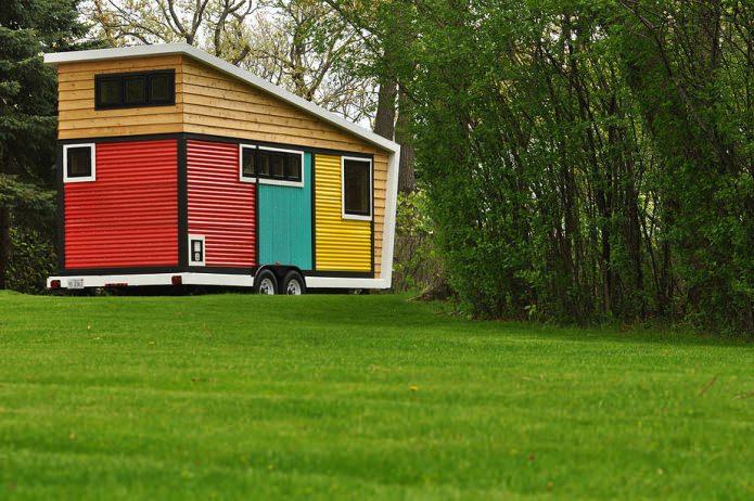 Современный мини-дом на колесах
